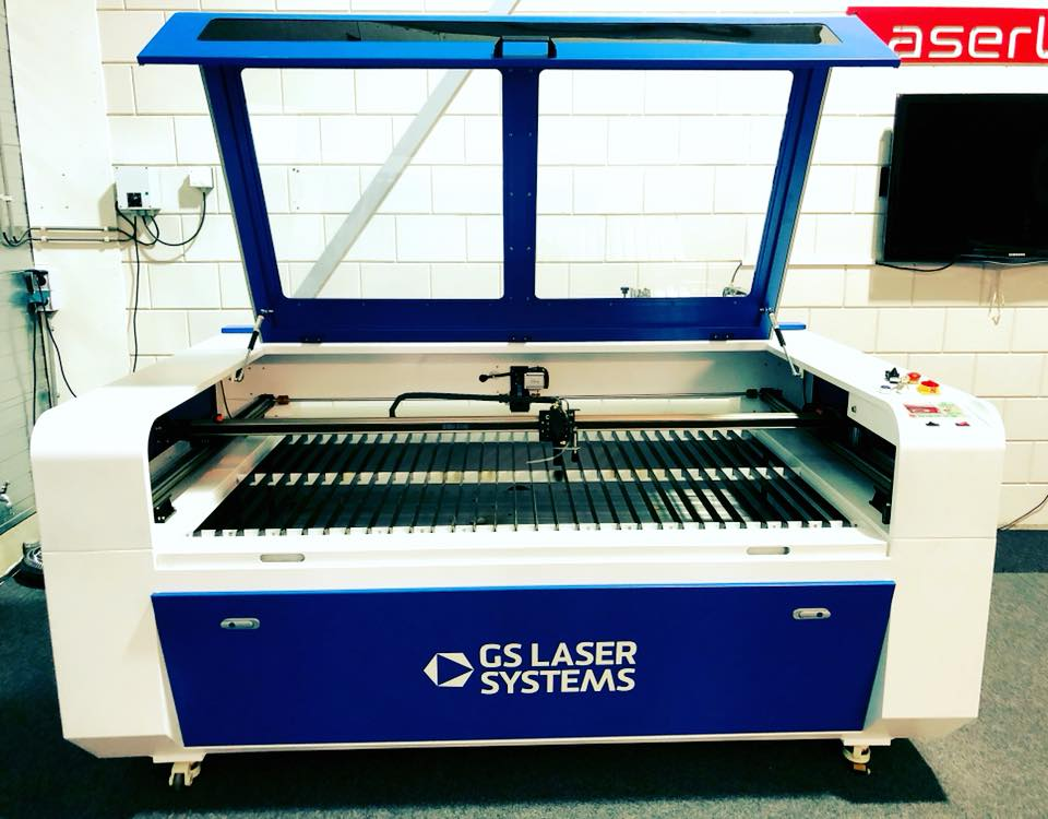 GS LASER SYSTEMS CO2 LASERCUTTER